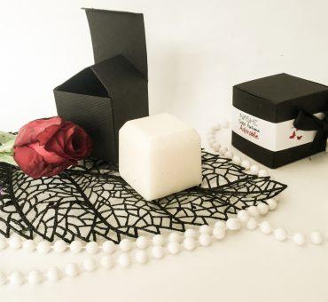 Ujemite vonj cvetja v trdnem parfumu 💐Nashe