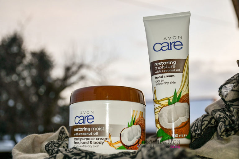 Negovana in nežna koža: Avon  obnavljajoča krema s kokosovim oljem