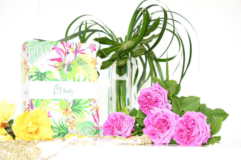 Barvit, tropsko 🌺 cvetlični • majski BeautyBOX