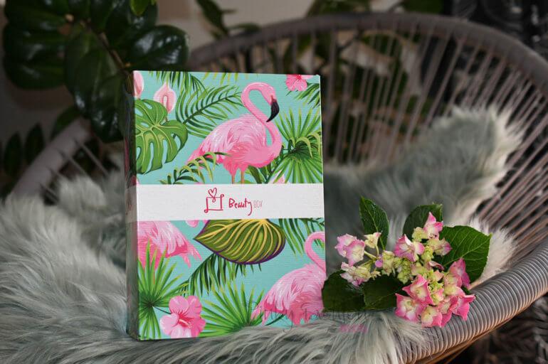 junij • kjut FLAMINGO Beauty BOX