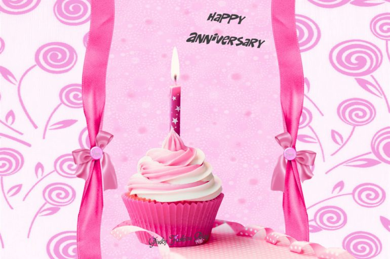 🎈 Pinky Fashion Blog je pred dnevi upihnil prvo svečko… 🎉